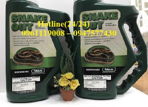 Loại hóa chất được chúng tôi sử dụng để diệt rắn, phun phòng ngừa rắn là Snake Out-Loại thuốc được Bộ Y Tế cấp phép lưu hành tại Việt Nam
